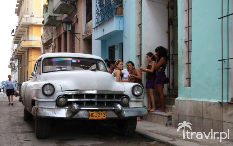 Amerykański samochód w Hawanie
