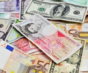 Banknoty Euro, Funty Brytyjskie, Dolary Amerykańskie