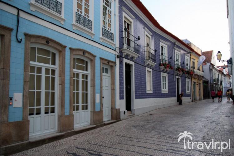 Kamienice ozdobione płytkami azulejos w Aveiro