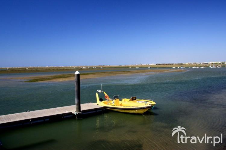 Nabrzeże z którego odpływają promy na Ilha Deserta
