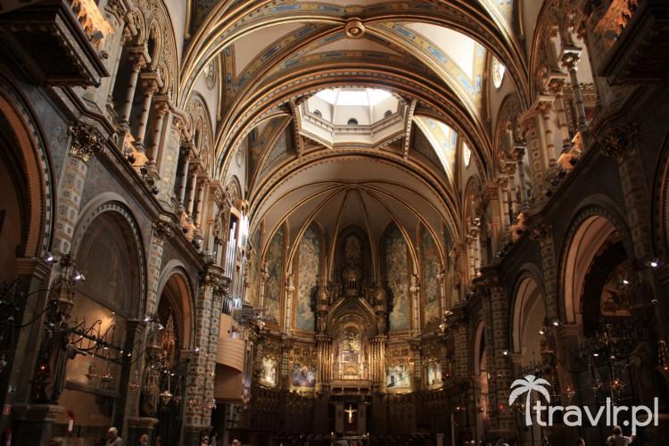 Nawa główna klasztoru Benedyktynów na Montserrat