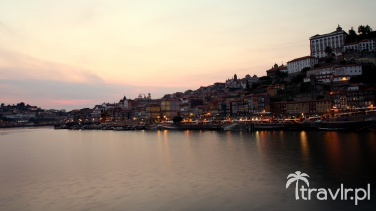 Panorama Porto o zmroku