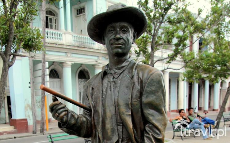 Pomnik Benny More w Cienfuegos