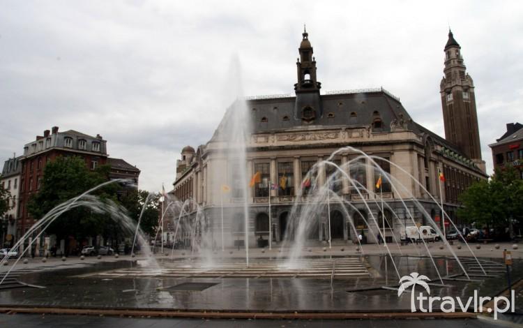 Ratusz na Place Charles II w Charleroi