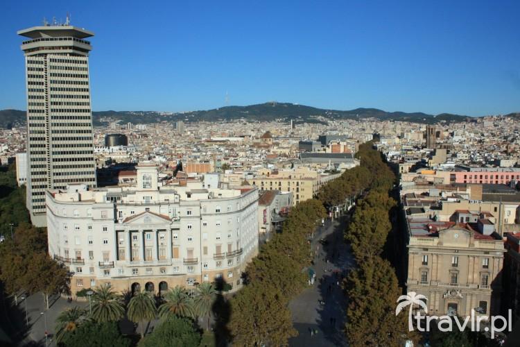 Widok na La Rambla z Pomnika Kolumba w Barcelonie