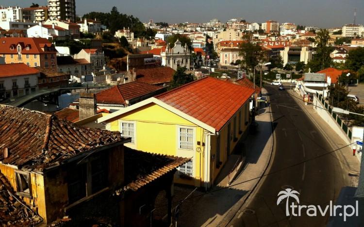Widok z okna hotelu Dom Dinis w Leiria