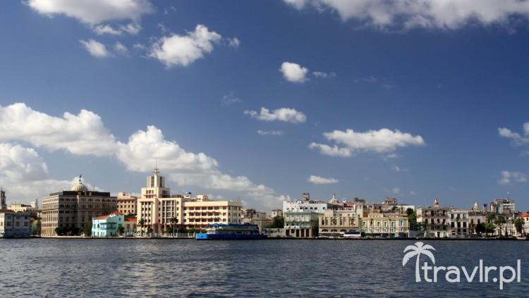 Widok z promu na Havana Vieja