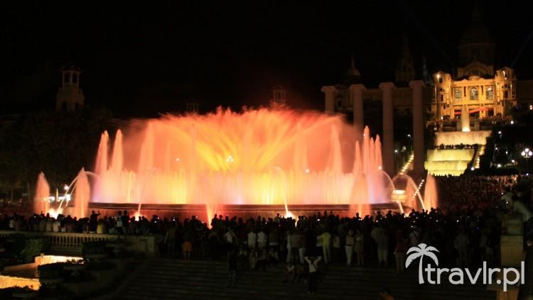 Widowisko światło i dzwięk - Font Magica w Barcelonie