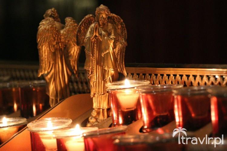 Znicze w Katedrze Świętego Patryka
